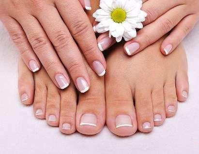 Beauté des ongles, manucure et gel UV
